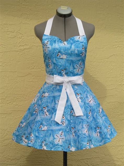 Disney Kitchen Aprons by 70 Best Images About Dfly Aprons On Cooking