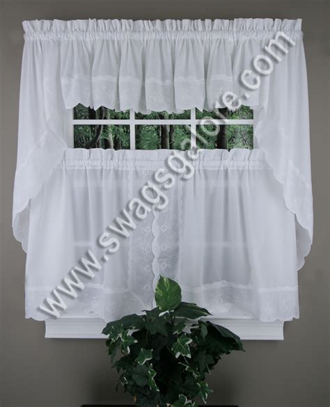 white cafe curtains candlewick curtains white cafe tier curtains