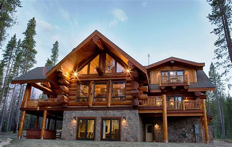 Log Cabin Allure: From Cabin to Mansion