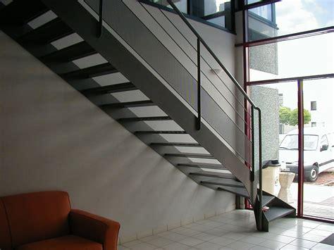 cuisine 1er prix ikea echafaudage escalier tournant galerie avec escaliers