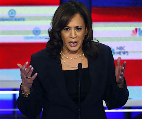 Kamala harris is the 49th vice president of the united states. VP Kamala Harris' Family in India Grapples With COVID | Newsmax.com