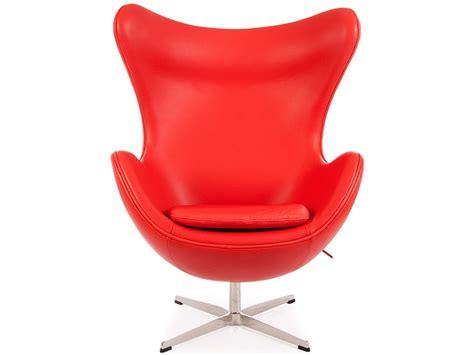 fauteuil egg arne jacobsen rouge