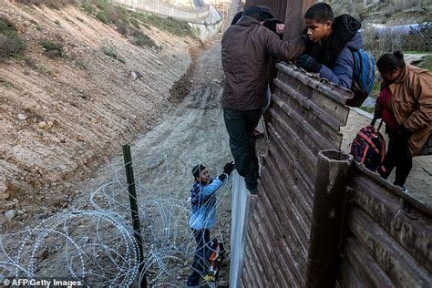 migrant children enter   illegally  crossing