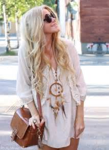 catchers hair extensions how to wear the hippie look without looking cheesy style