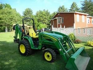John Deere 4410 Tractors - Compact  1-40hp