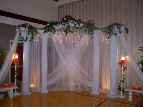pic of wedding columns backdrops cake classic