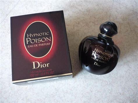 review parfum hypnotic poison by du noir mode et culture