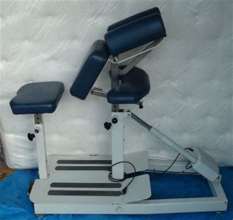 used pro solutions proadjuster w chair chiropractic table