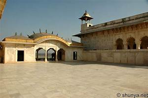 Agra Fort, Agra, India Shunya