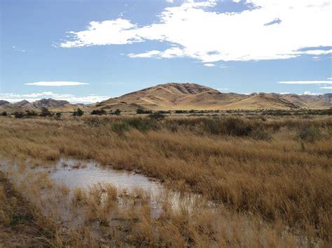 bureau paysage de windhoek à sesriem 3 jours 321 km l 39 afrique à vélo