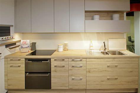 eclairage led plan de travail cuisine nouvelle collection de cuisines chez darty