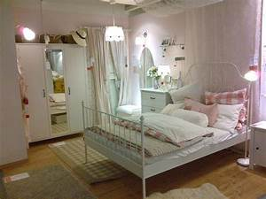 Zimmer Einrichten Ikea : 24 genial deko ideen schlafzimmer ikea deko ideen schlafzimmer zimmer tumblr zimmer ~ A.2002-acura-tl-radio.info Haus und Dekorationen