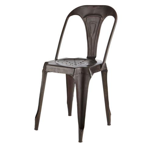 chaise en fer industriel chaise indus en métal effet vieilli multipl 39 s maisons du monde