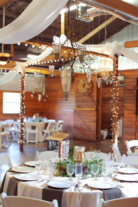 texas winter barn wedding rustic wedding chic