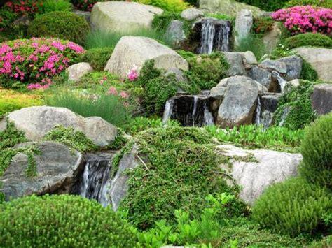 Steingarten Mit Wasserlauf steingarten anlegen und gestalten mein sch 246 ner garten