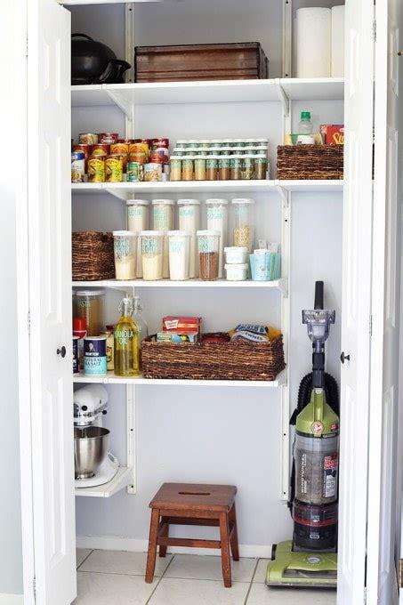organize  kitchen pantry   girl   blog