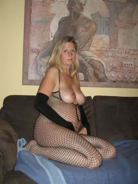 Submissive German MILF