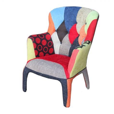 Poltrone Colorate Le Poltrone Multicolor Per Ravvivare Un Ambiente