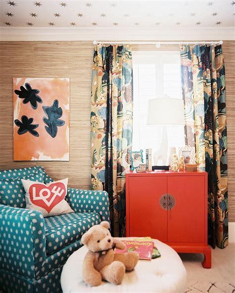 top  ways    small living room  bigger top