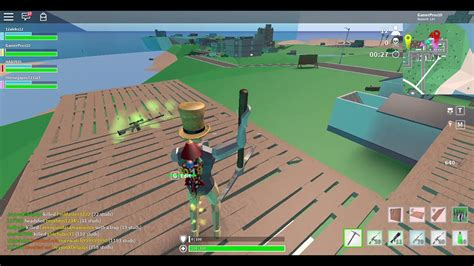 playing strucid battle royale  roblox youtube