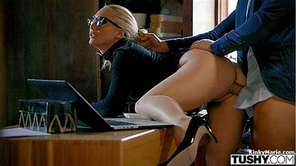 #Showing #Porn #Images #For #Secretary #Blowjob #Her #Boss #Gif