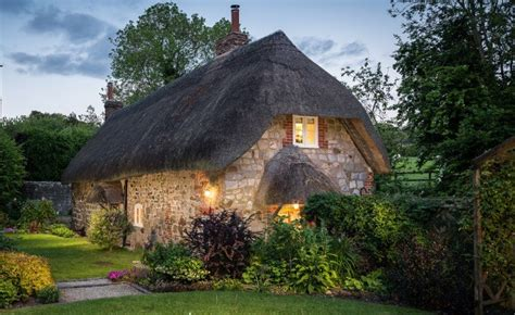 real life fairy tale cottage    inspire