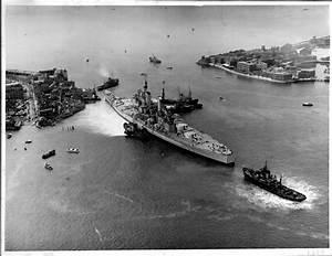 HMS Vanguard (1960)   Strong Island / Portsmouth ...