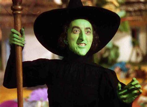 The Wizard Of Oz Witch Controversy Glamourdaze