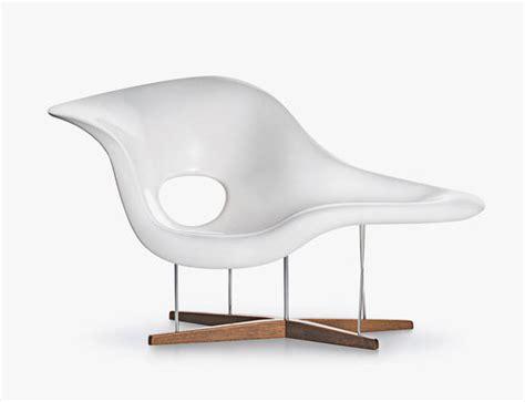 imitation chaise eames la chaise replica eames la chaise vitra replica