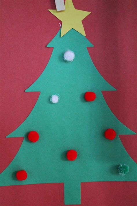 construction paper christmas crafts how to decorate a construction paper tree billingsblessingbags org