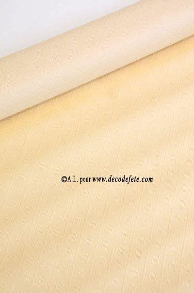 les 25 meilleures id 233 es de la cat 233 gorie nappe papier sur nappe en papier nappe