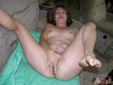 Amateur Milf Sage Gets Naked And Shows You Her Pussy Coed Cherry
