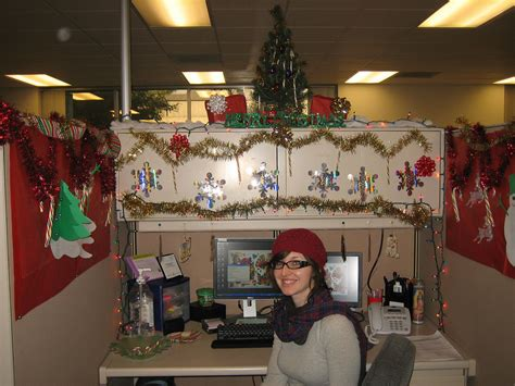 pix for gt christmas decorated office cubicles seasonal