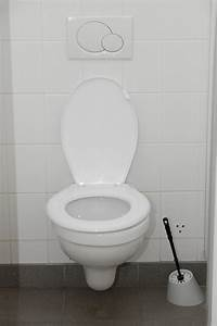Spülkasten Läuft Ständig : toilettensp lung einstellen so wird 39 s gemacht ~ Buech-reservation.com Haus und Dekorationen