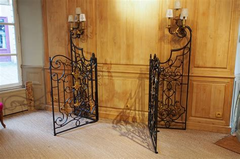 ladaire fer forge interieur portail d int 233 rieur en fer forg 233 boiseries portes volets