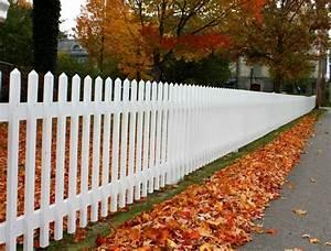 Piquet En Bois Pour Cloture : cl ture de jardin en bois 75 id es pour faire un bon choix ~ Farleysfitness.com Idées de Décoration