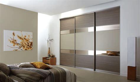 Bedroom Sliding Door Ideas by Sliding Wardrobe Doors For Luxury Bedroom Design