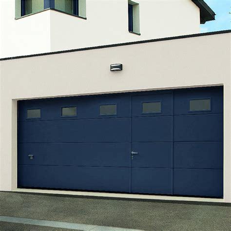 porte de garage montana sectionnelle avec portillon