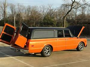 1969 Chevrolet C10 Suburban 3-door For Sale