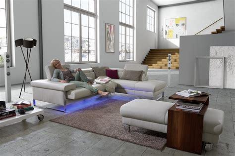 2 canapes dans un salon comment placer canape dans un salon de seanroyale