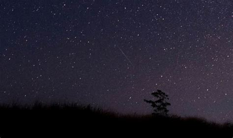 Best Time To View Meteor Shower Tonight by Quadrantids Meteor Shower Uk What Time Is Best To View