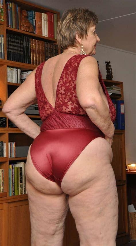 Big Flabby Mature Ass Mature Porn Pics