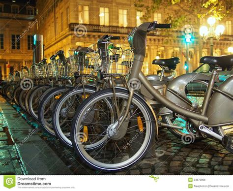 Bicycles In Paris Royalty Free Stock Photos  Image 34879968