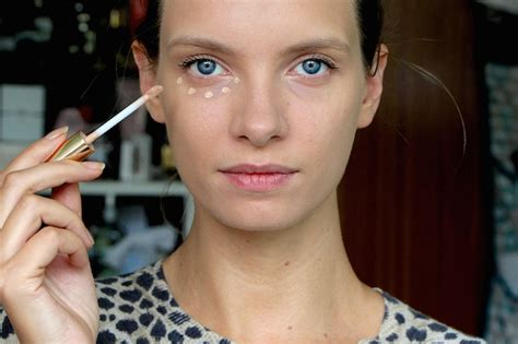 Fashion Home Interiors - best undereye concealers for dark circles a model recommends