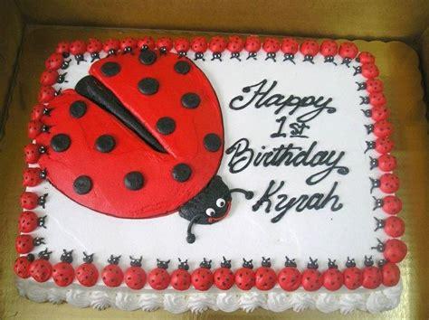 ladybug drawing on a sheet cake