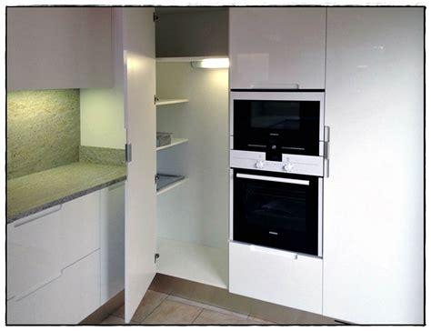 colonne ikea cuisine colonne d angle cuisine idées de décoration à la maison