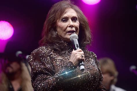 Taste of Country » Loretta Lynn