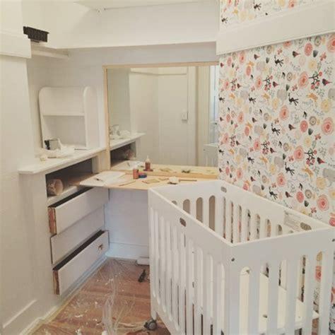 chambre bébé9 pas de chambre pour bébé pas grave il reste la penderie