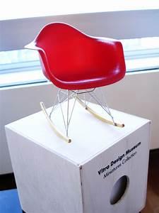 La Petite Chaise : la petite chaise rouge i mademoiselle stef ~ Nature-et-papiers.com Idées de Décoration