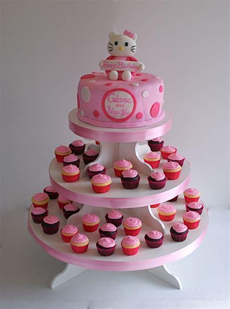cakes  meg  kitty cake cupcakes